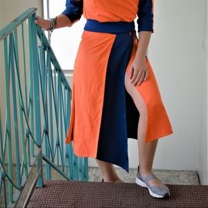 Fashionable Orange skirt